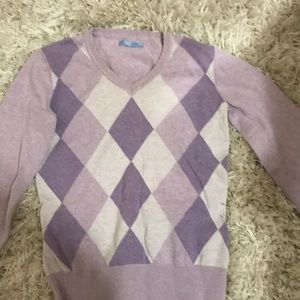 Purple pattern v neck sweater